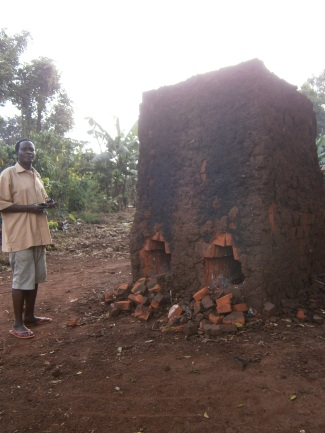 The kiln where bricks are fired