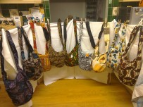 Esther's shoulder bags £5